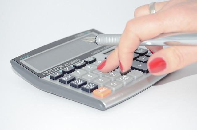 Simulador de financiamento de Veículos – Calcular a Prestação e o Valor Total